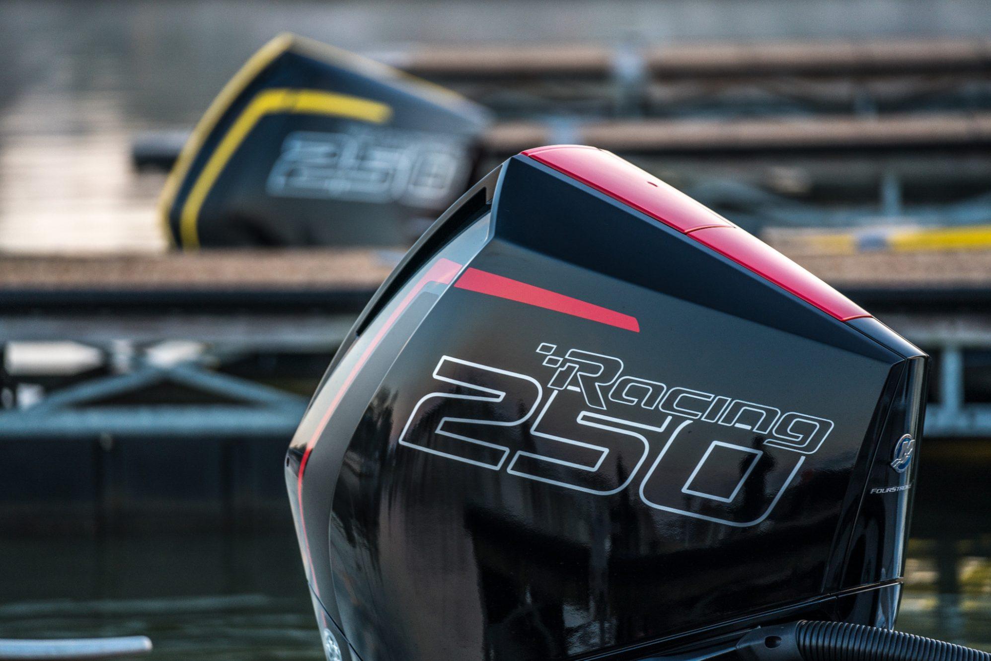 Mercury Racing FourStroke 250R en 300R - V8 CMS